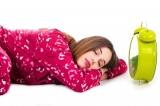 Miksi aamulla väsyttää ja kuinka voit herätävirkeänä?